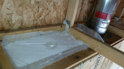 Fireplace box is insulated from top
